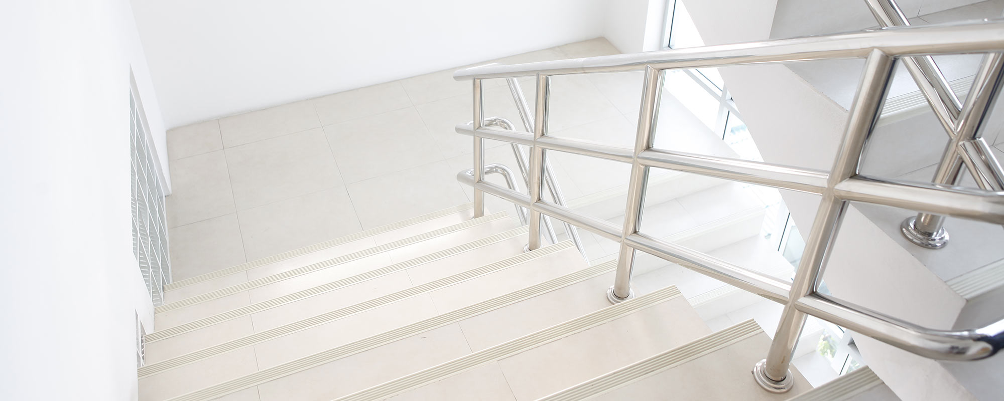 Staircase_crop_2000